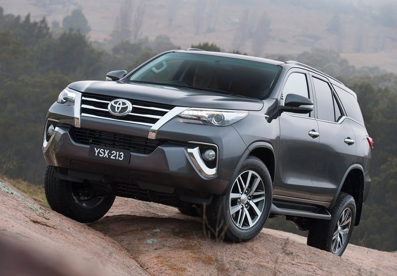Fortuner-india-launch-2016-10